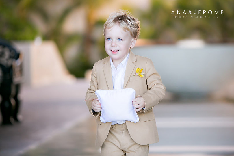 Cabo wedding photographer at Cabo Azul resort-18
