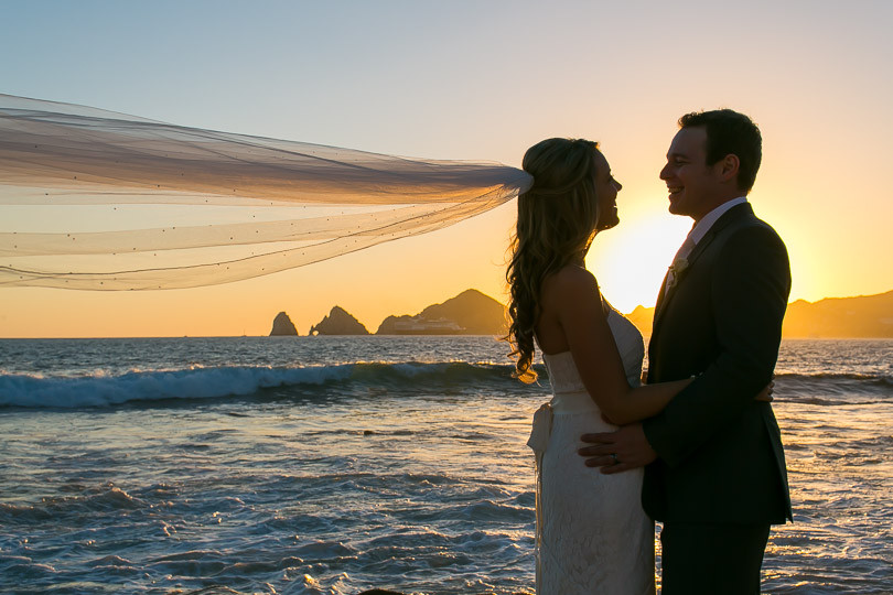 Cabo Wedding photographers Ana & Jerome at Sunset da Mona Lisa-39