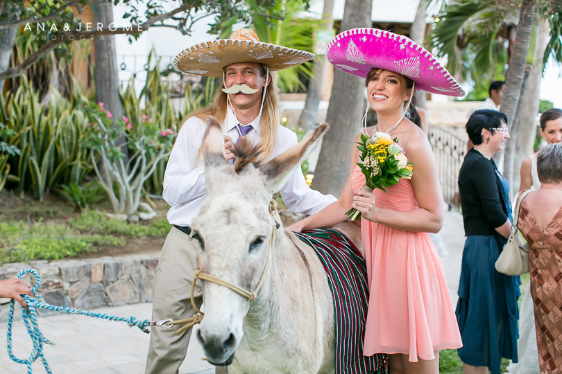Cabo wedding photographers at Cabo Surf Hotel-111