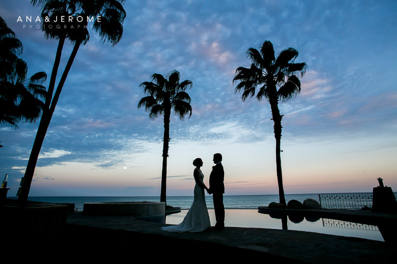 Cabo wedding photographers at Cabo Surf Hotel-120