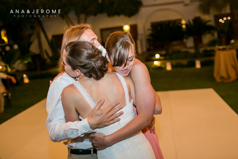 Cabo wedding photographers at Cabo Surf Hotel-134