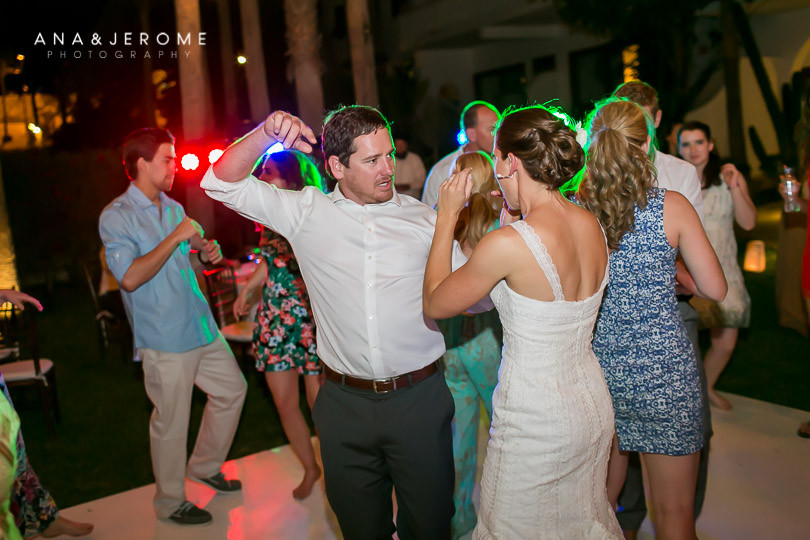Cabo wedding photographers at Cabo Surf Hotel-144