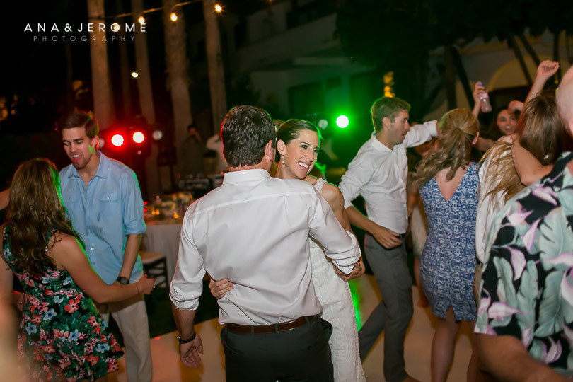 Cabo wedding photographers at Cabo Surf Hotel-145