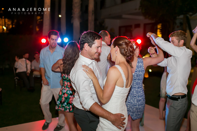 Cabo wedding photographers at Cabo Surf Hotel-146