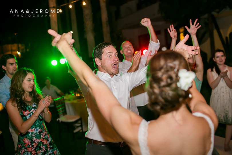 Cabo wedding photographers at Cabo Surf Hotel-147
