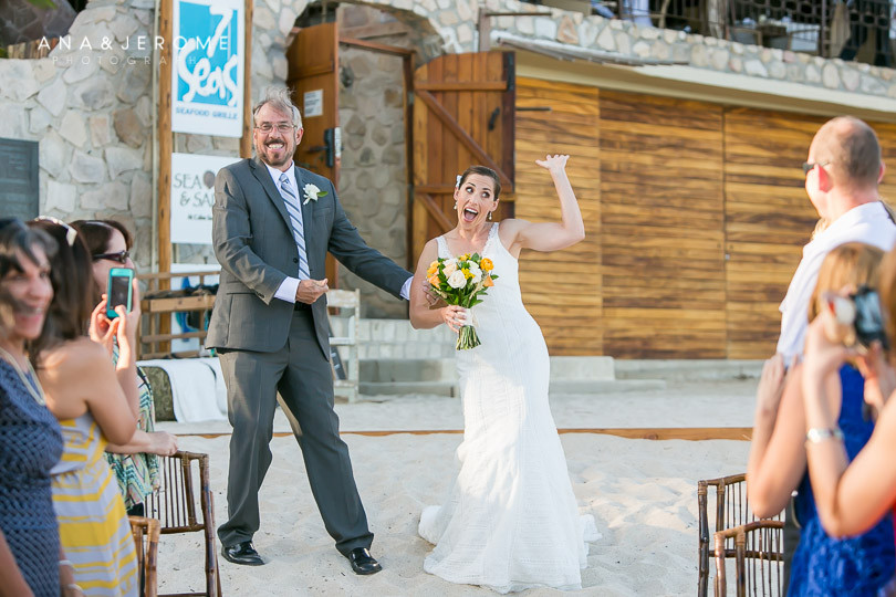 Cabo wedding photographers at Cabo Surf Hotel-53