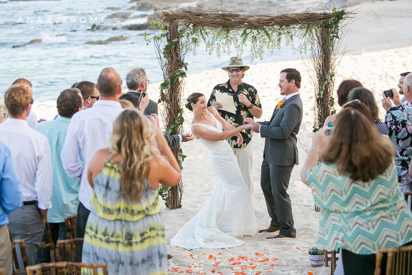 Cabo wedding photographers at Cabo Surf Hotel-64