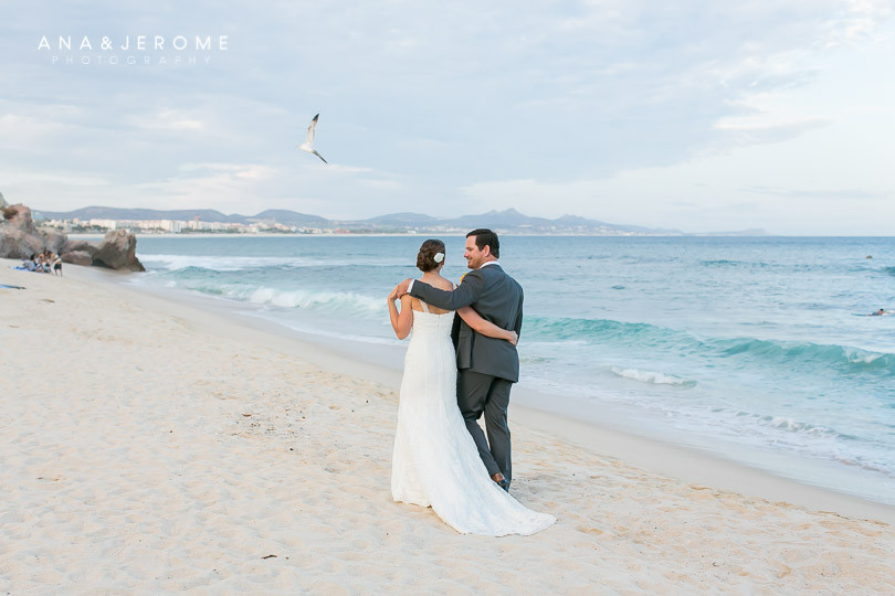 Cabo wedding photographers at Cabo Surf Hotel-81