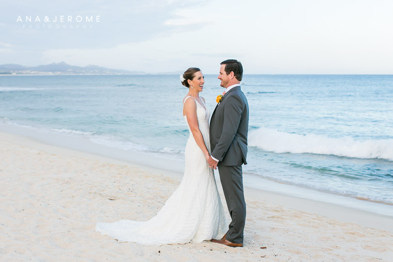 Cabo wedding photographers at Cabo Surf Hotel-83
