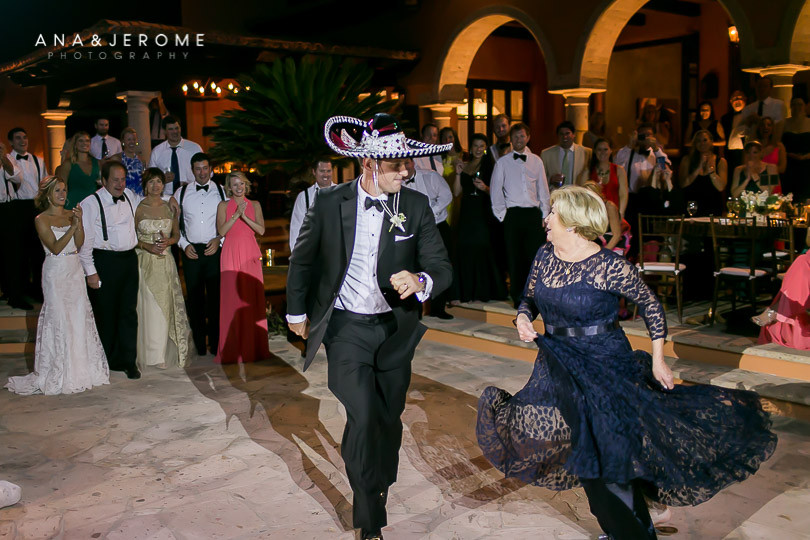 Cabo Wedding photographer at Villa Vista Ballena-78