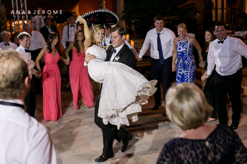 Cabo Wedding photographer at Villa Vista Ballena-80