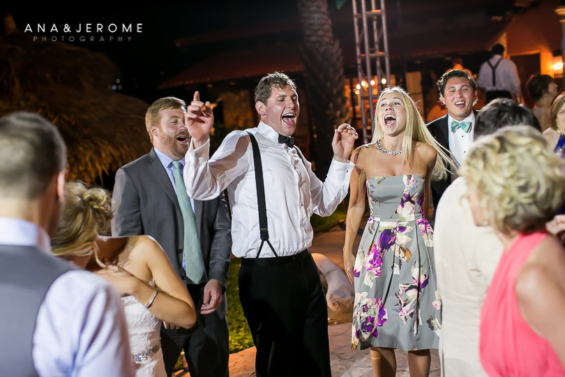 Cabo Wedding photographer at Villa Vista Ballena-82